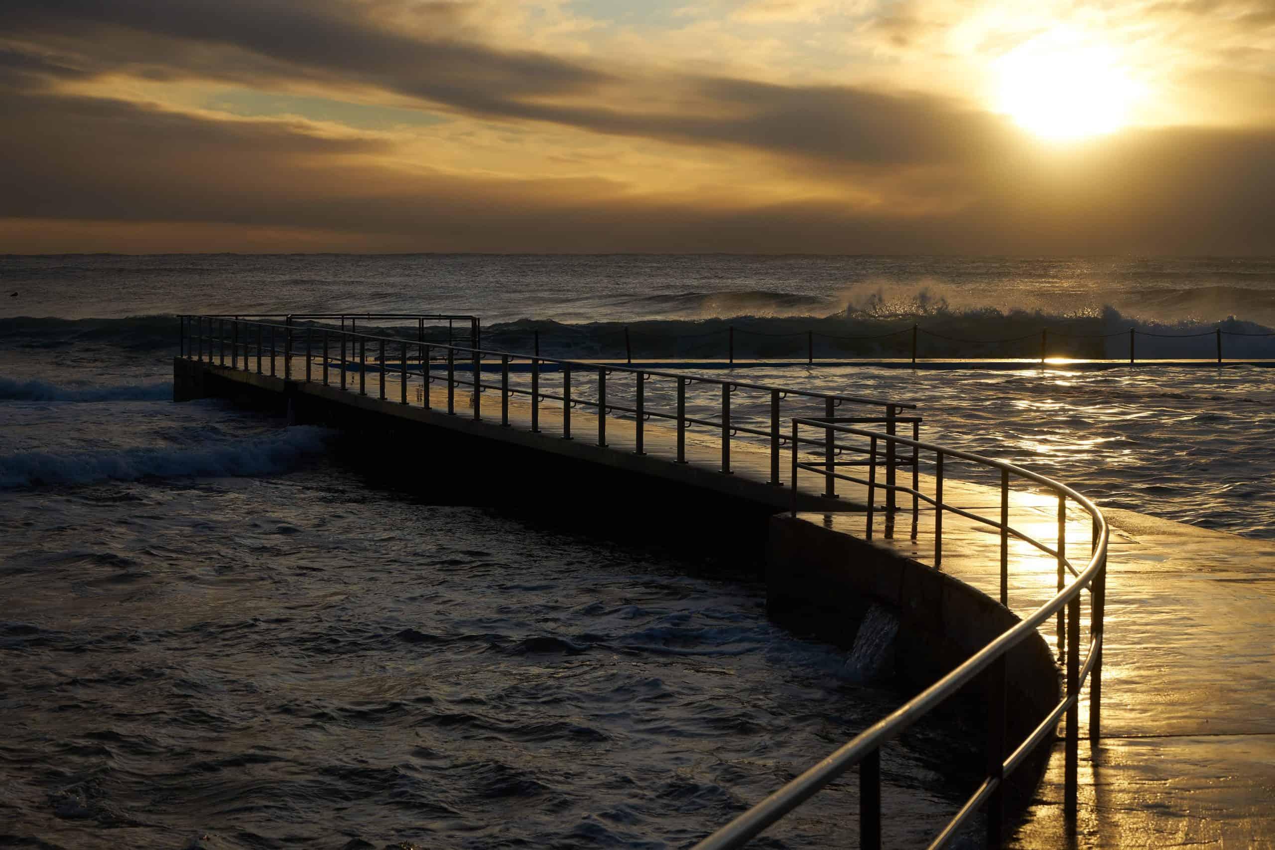 Collaroy Beach Pool and Sunrise
